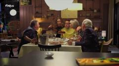 Lolita tiene un plan - Luis del Olmo, Juan Luis Cano, Julia Oteor, Lolita y Àngel Llácer soplan las velas