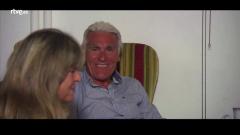 Hotel Romántico - Julián y Rosi tienen su primera cita a solas
