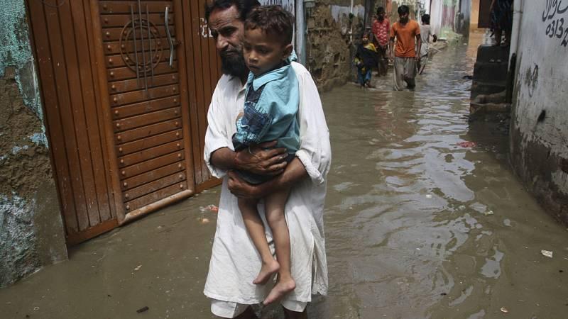 Las inundaciones provocadas por el monzón en el sudeste asiático dejan al menos 1.200 muertos
