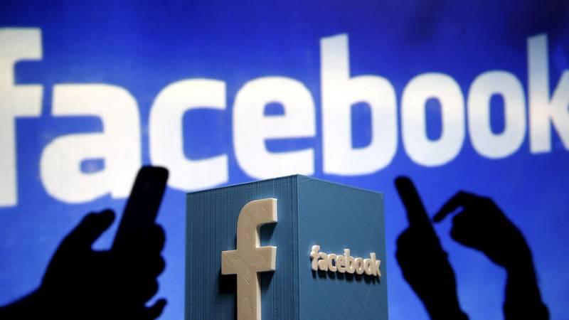 """Facebook detecta 470 cuentas falsas """"operadas probablemente desde Rusia"""""""