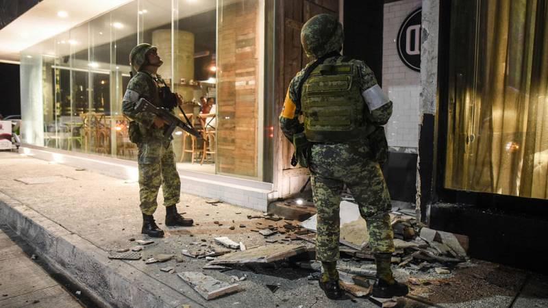 Un fuerte terremoto sacude México y activa la alerta por tsunami