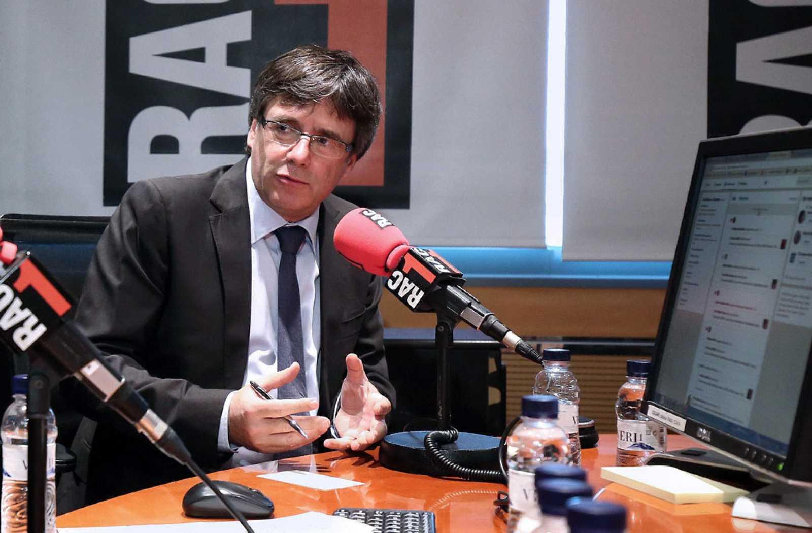 Puigdemont cree que la prioridad de la policía autonómica debe ser el terrorismo