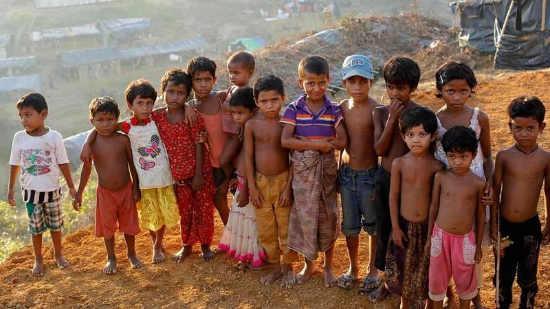Más de 250.000 niños rohinyás sobreviven en Bangladesh tras huir de Birmania