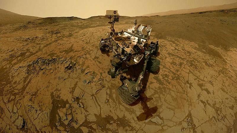 El cazador de cerebros - Viaje a Marte - ver ahora