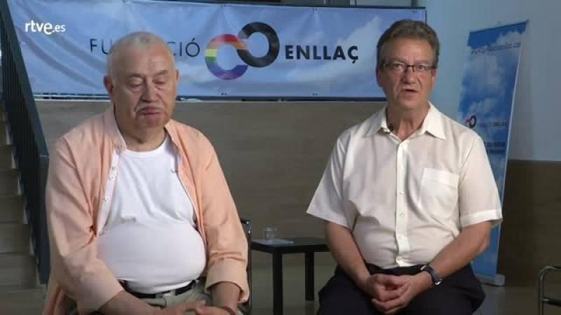 Joan Andreu y José Mª Raduà de la Fundación Enllaç, estuvieron en Las Ramblas el 26 de junio de 1977