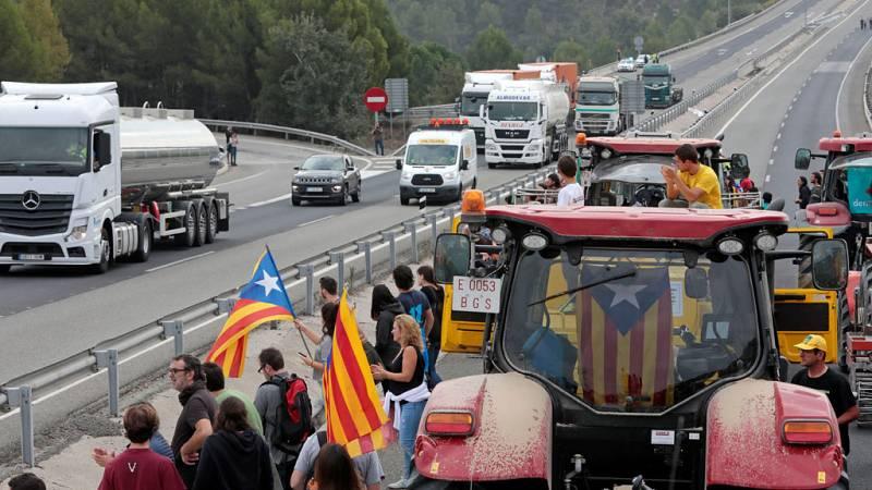 Referendum en Cataluña : Cortes en carreteras y dificultades en los transportes en la huelga general del 3-O en Cataluña