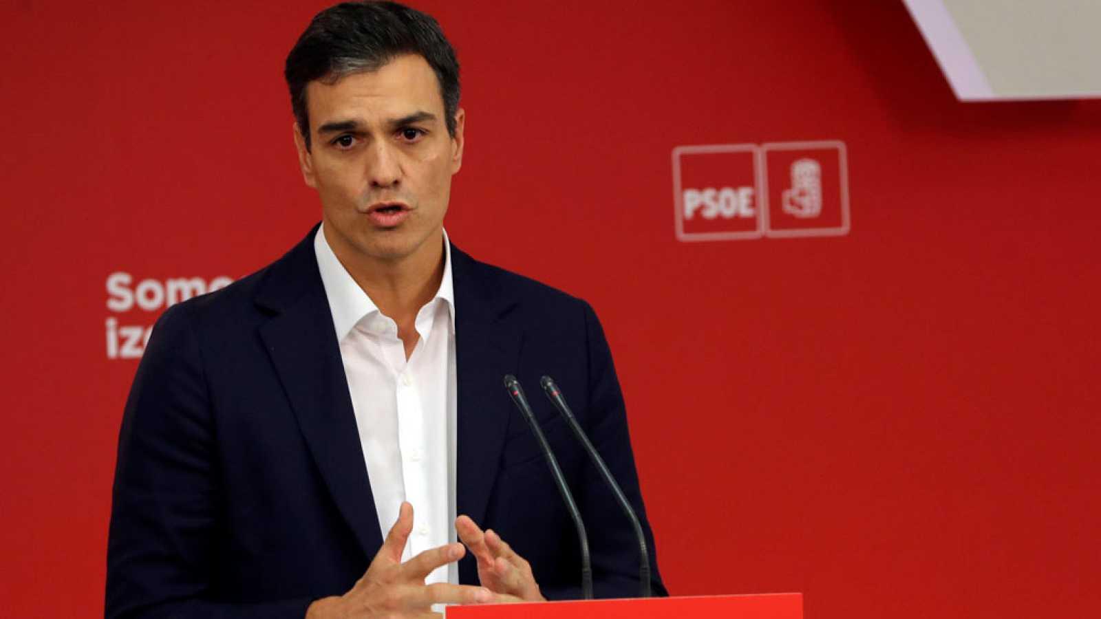 Sánchez y Rajoy acuerdan abrir la reforma constitucional en seis meses