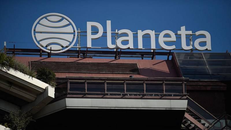 El premio Planeta se seguirá fallando y entregando en Barcelona