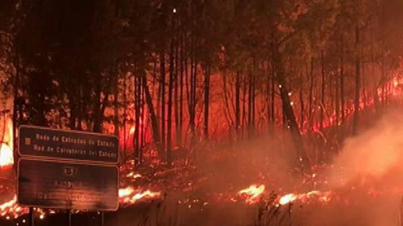 Al menos 31 incendios asuelan Asturias