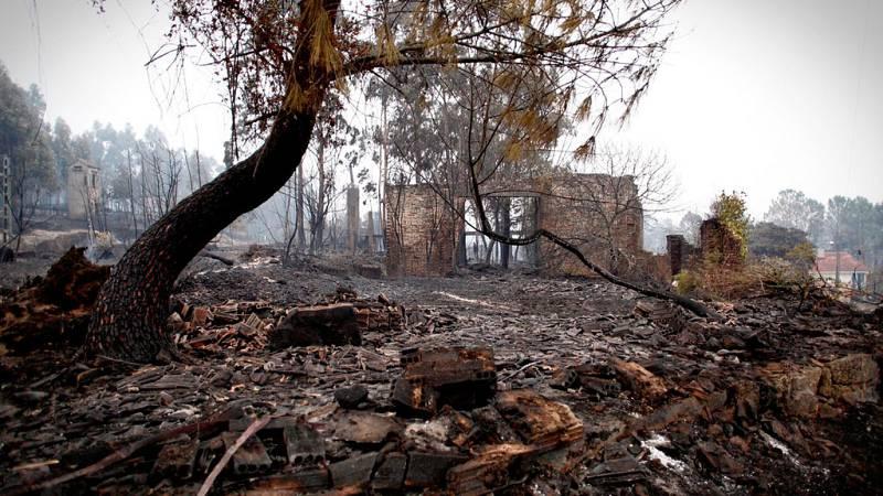 Carballeda de Avia, en Ourense, una de las localidades más afectadas por el fuego