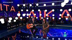 Órbita Laika - Amaral interpreta una de las canciones de su disco en el programa 'Órbita Laika'