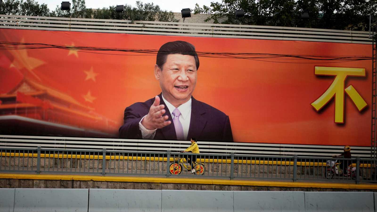 Xi Jinping clausura el XIX congreso del Partido Comunista Chino notablemente reforzado