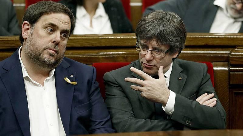 """Junts pel Sí insta en el Parlament a dar respuesta este viernes a la """"agresión"""" del 155"""