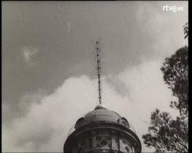 En 1959, TVE comienza a emitir en Cataluña la primera retransmisión desde Madrid