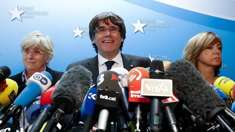 Puigdemont afirma que no va a pedir asilo político y que respetará el resultado de las elecciones del 21-D