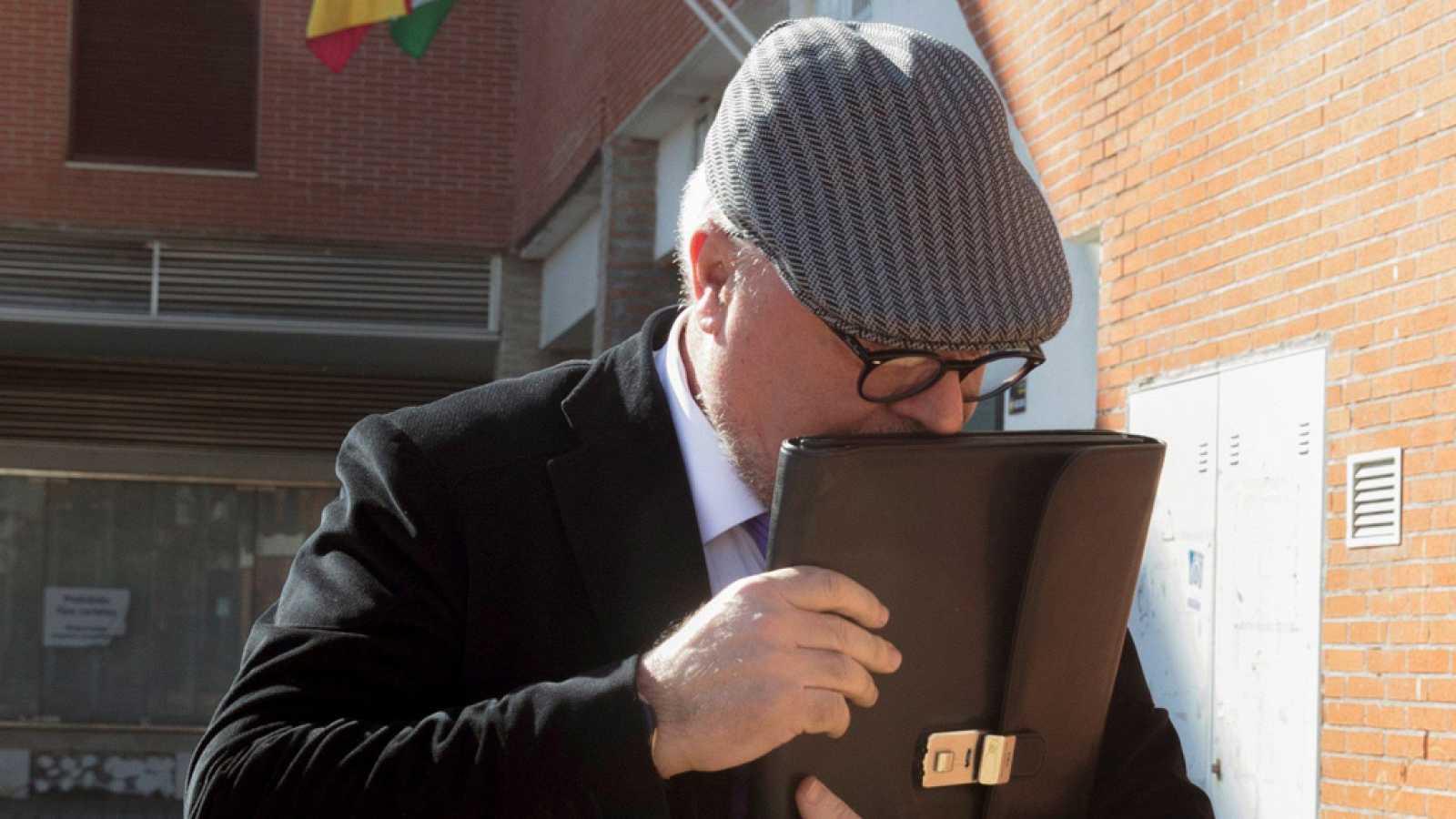 El excomisario José Manuel Villarejo detenido por blanqueo de capitales e inmigración ilegal
