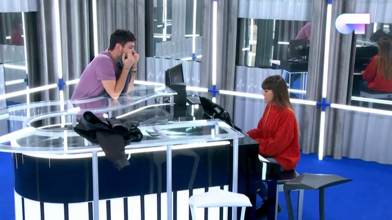 Operación Triunfo - Cepeda y Aitana cantan 'Someone like you' al piano