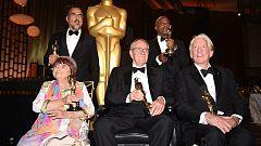 """Iñárritu dedica su Oscar especial a los inmigrantes en el mundo entero """"a los que se les ha negado su realidad"""""""