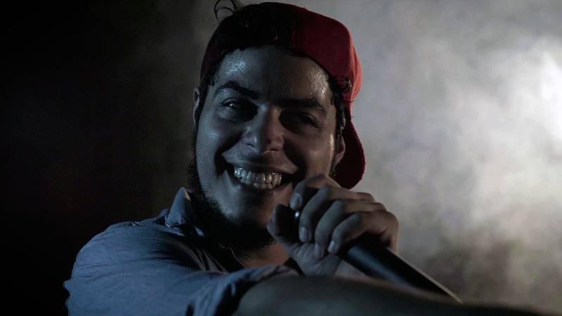 Mambo - Julito canta 'Ven conmigo niña'