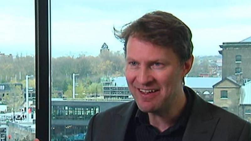 El periodista británico Luke Harding desvela en un libro las campañas de Rusia en internet