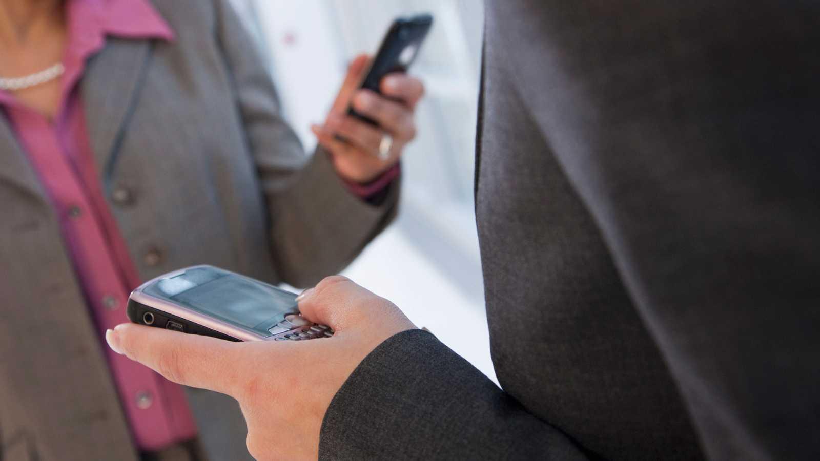 Hace 25 años se mandó el primer SMS de la historia