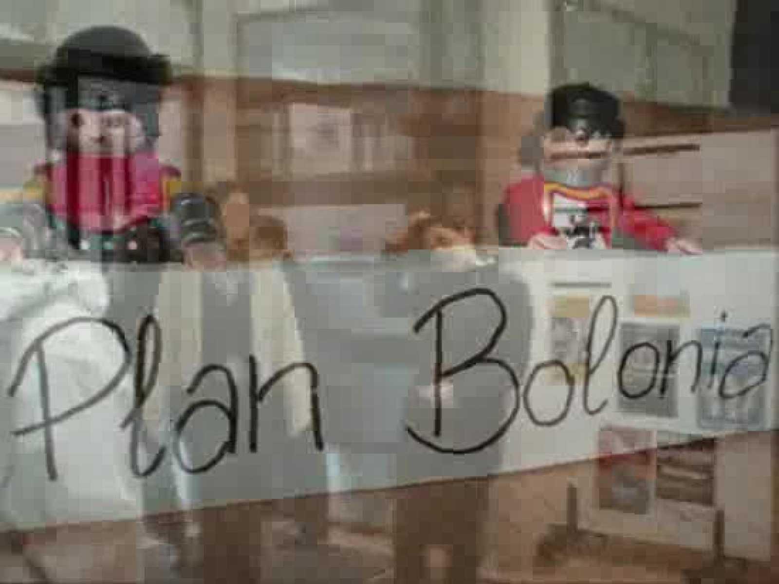 Dos alumnas de la UCAM reflexionan sobre las diferentes opiniones de los alumnos de la universidad respecto al Plan Bolonia.