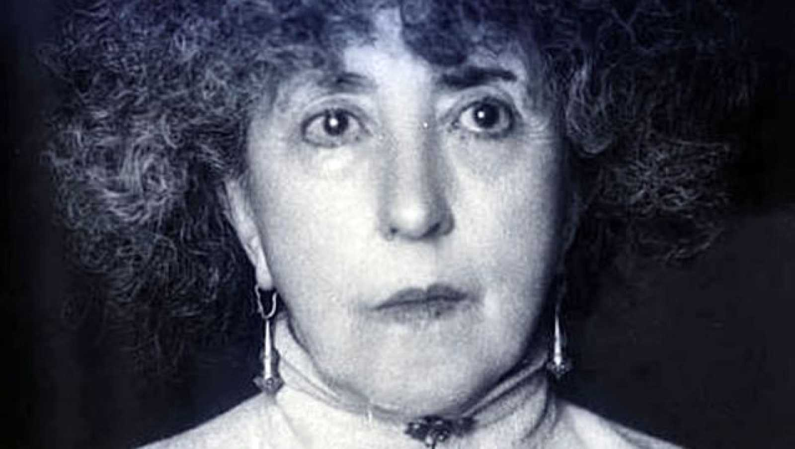Concha Espina, novelista y madrina