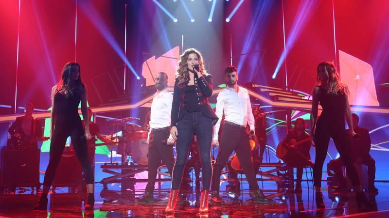 Operación Triunfo - Miriam canta 'Quisiera ser' de Alejandro Sanz en la Gala 10 de OT