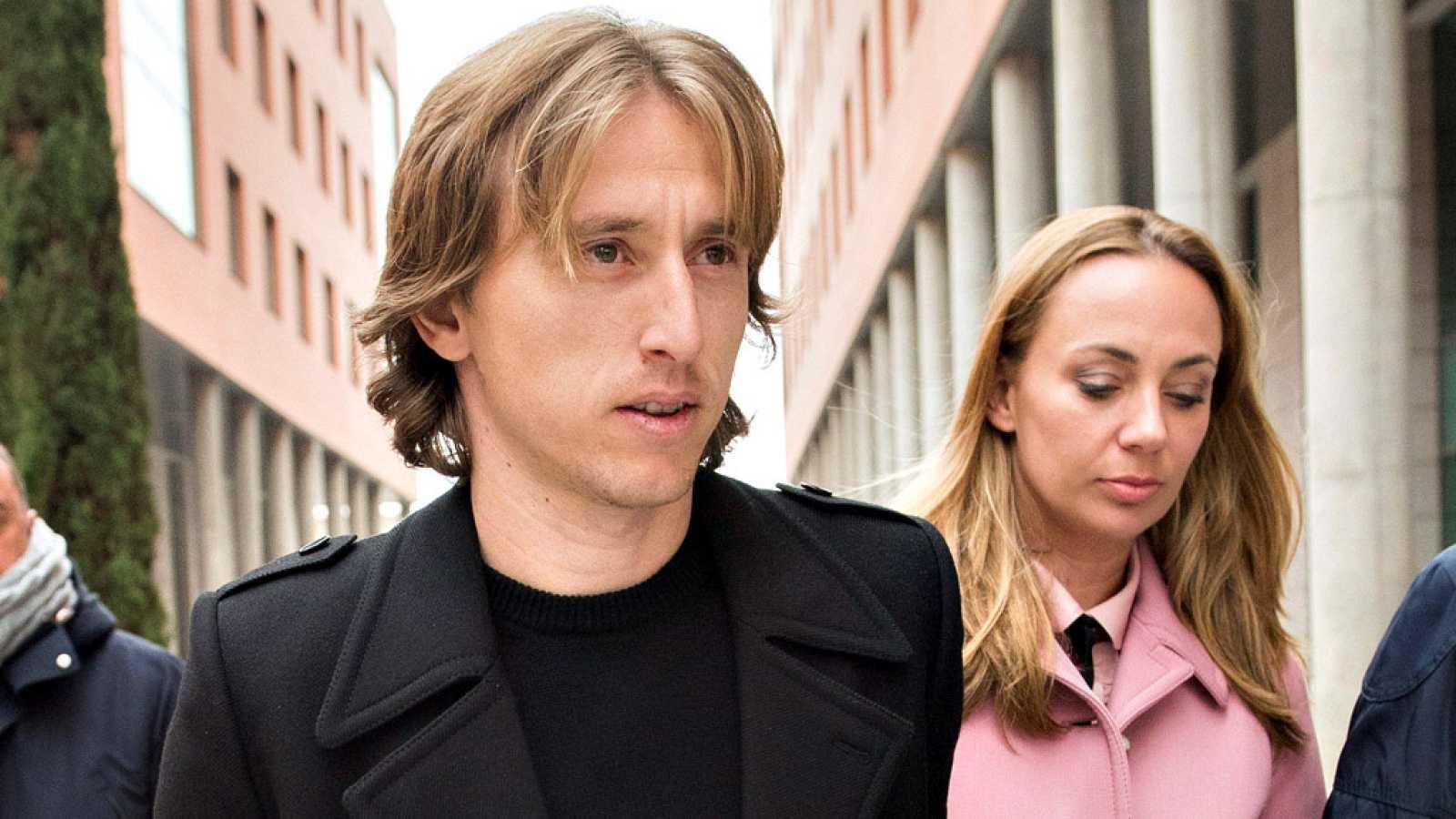 Luka Modric, centrocampista croata de Real Madrid, declaró hoy como investigado en los juzgados de Alcobendas (Madrid) por los supuestos delitos fiscales de que le acusa la Agencia Tributaria.