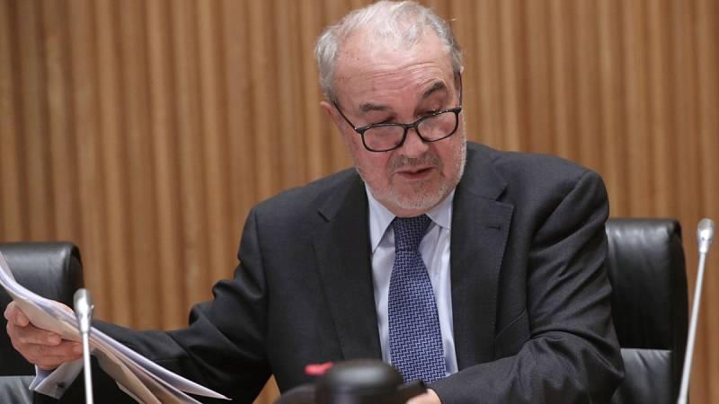 Solbes ha reconocido que al Gobierno socialista le faltó valentía para acumular superávit
