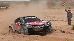 Carlos Sainz, más cerca de ganar el Dakar