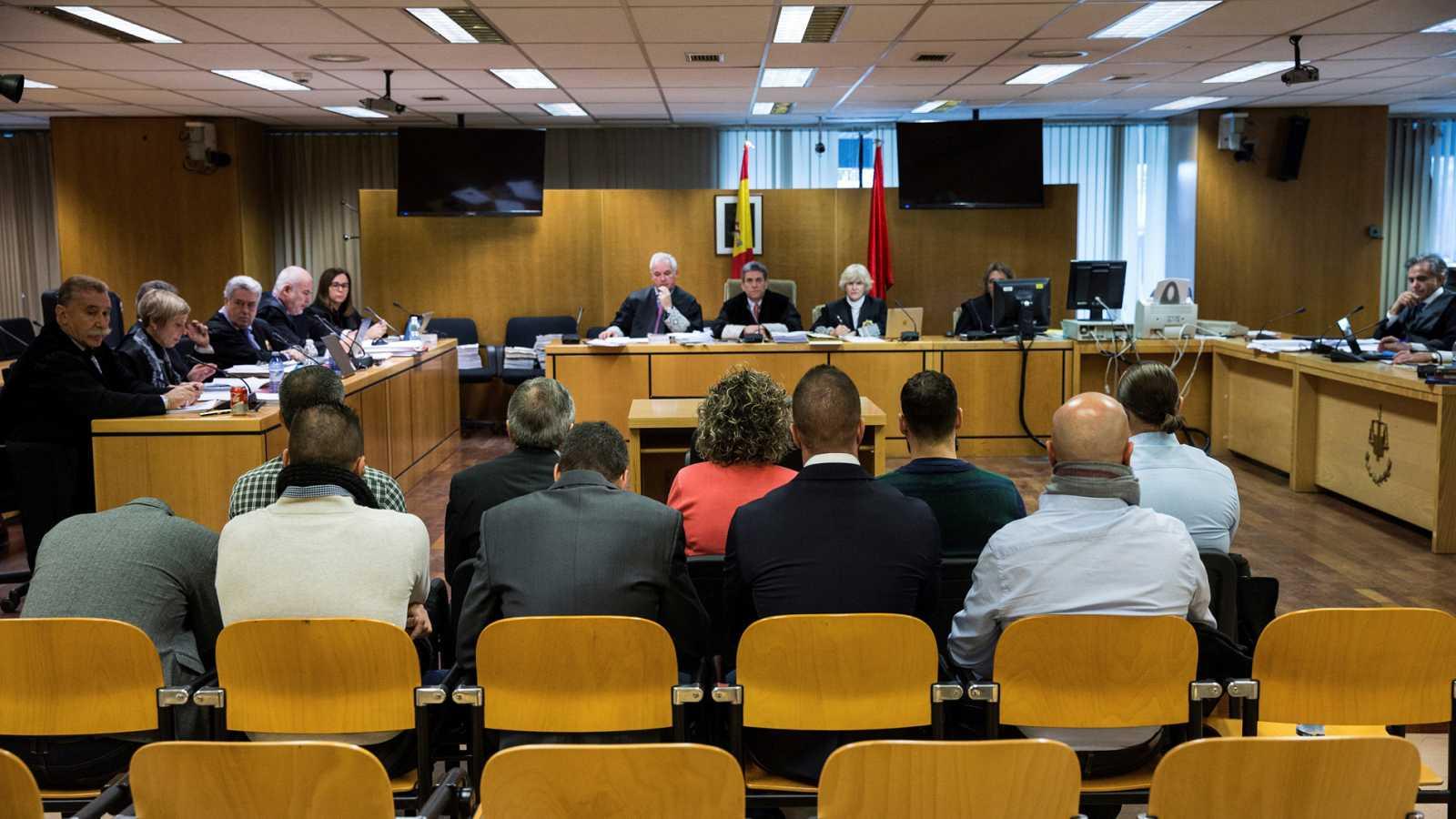 Las defensas de los policías procesados por corrupción en Coslada piden la nulidad del juicio
