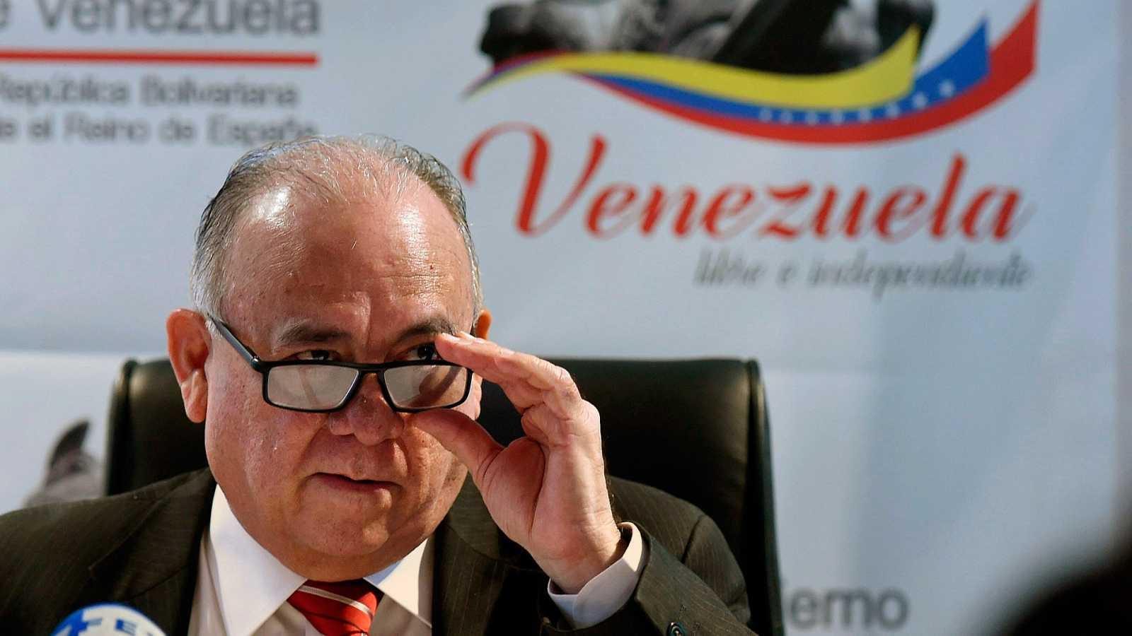 """España expulsa al embajador de Venezuela en aplicación del """"principio de reciprocidad"""""""