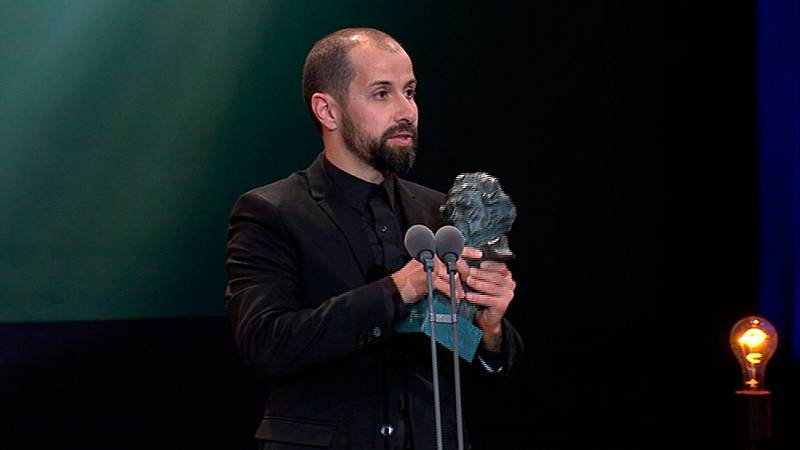 Javier Agirre Erauso, Mejor Dirección de Fotografía por 'Handia'