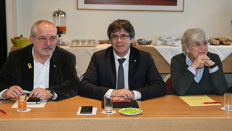 JxCat y ERC negocian en Bruselas la fórmula para investir a Puigdemont