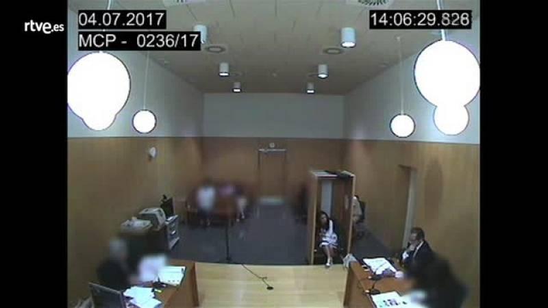Una fiscal, a una mujer maltratada: ¿Es que no tiene bastante con una condena que ahora le quiere quitar a la menor?