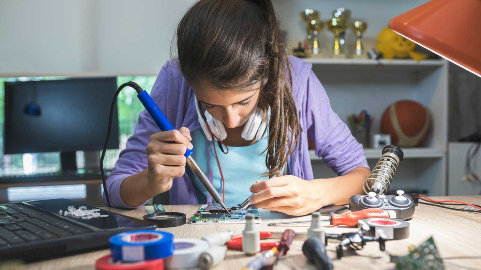 A favor de la ciencia hecha por mujeres y en contra de la brecha de género