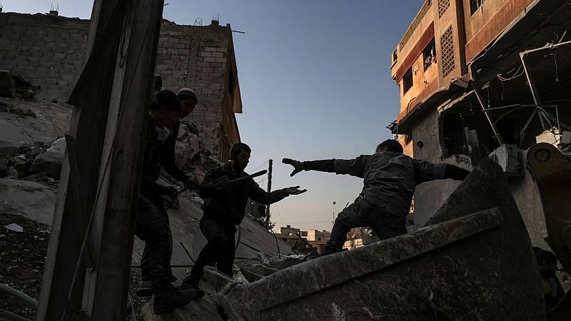 EE.UU. bombardea al Ejército de Asad en Siria mientras se recrudecen los ataques contra rebeldes