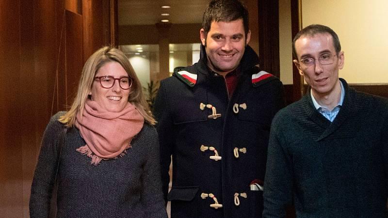 JxCat registra sin ERC la reforma de la ley de la Presidencia para investir a distancia a Puigdemont