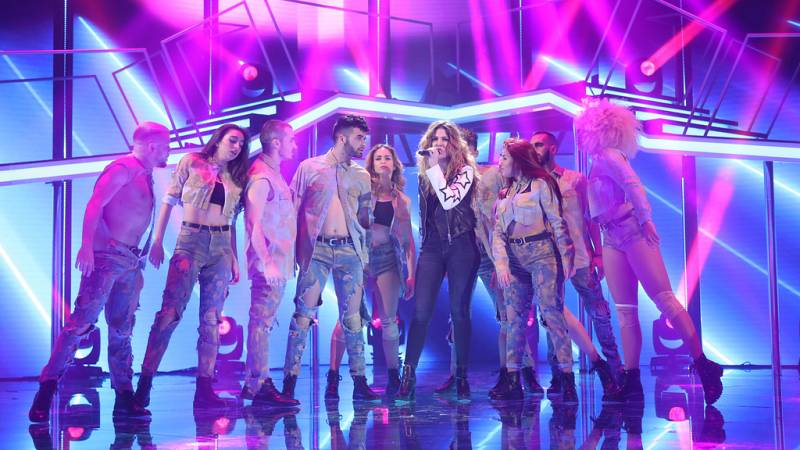Operación Triunfo - Miriam canta 'What about us' en la Gala Fiesta de OT