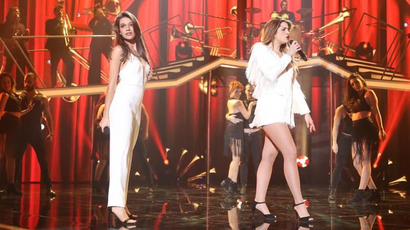 Operación Triunfo -  Ana y Mimi cantan 'Don't you worry about the thing' en la Gala Fiesta de OT