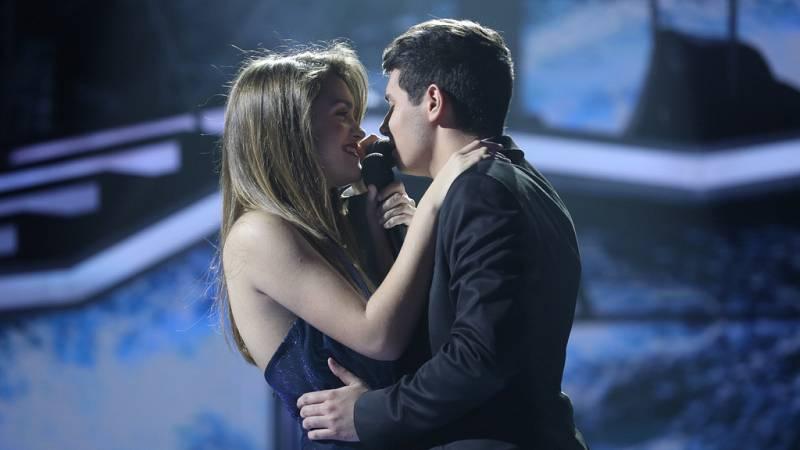 Operación Triunfo - Amaia y Alfred cantan 'Tu canción' en la Gala Fiesta de OT