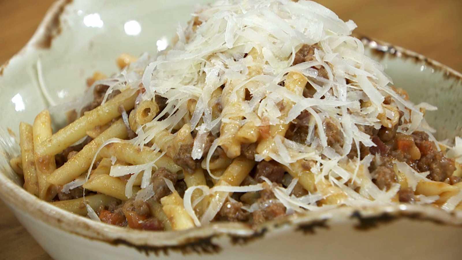 Torres en la cocina - Macarrones boloñesa clásica