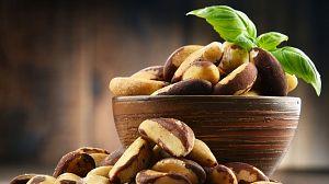 Comida al descubierto: Pimientos, nueces de Brasil y cabras