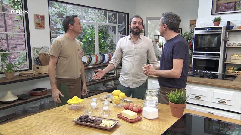 Torres en la cocina - Pere Estupinyà nos cuenta los procesos físicos y químico para hacer galletas.