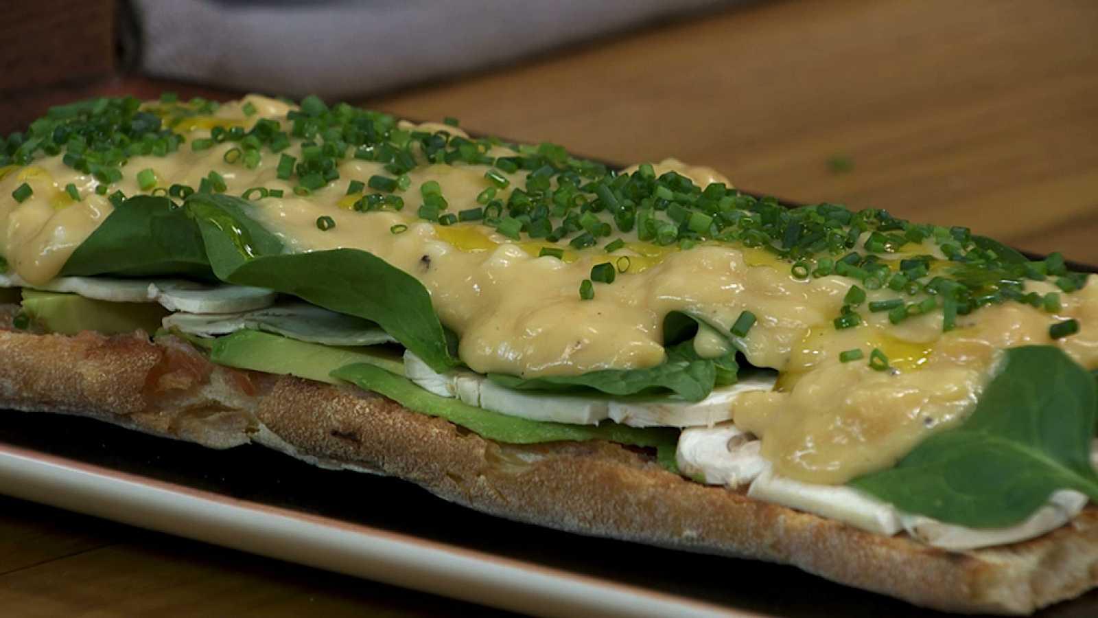 Torres en la cocina - Tostada con huevos revueltos