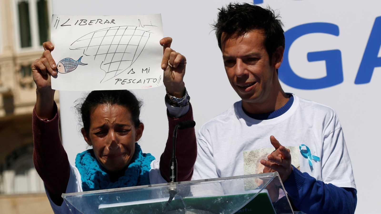 Cientos de personas claman en Almería a favor de encontrar a Gabriel Cruz