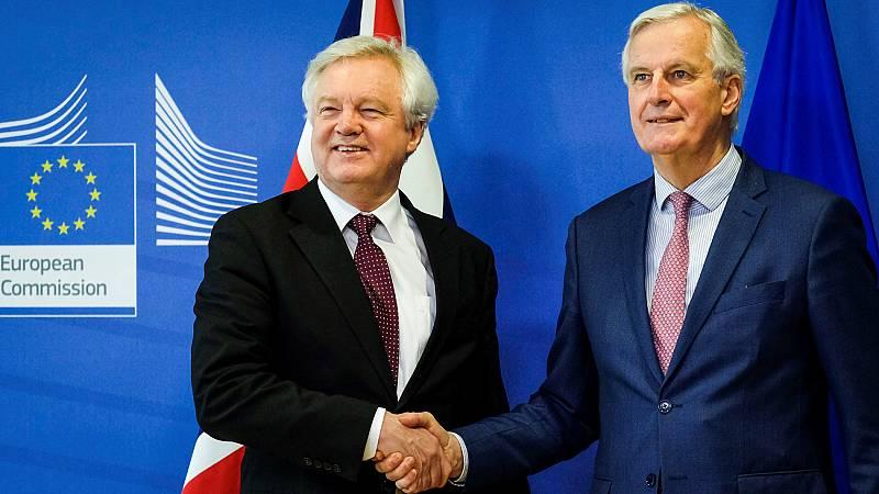 Londres y Bruselas acuerdan un periodo de transición del 'Brexit' hasta 2020