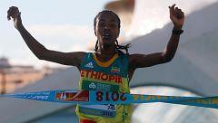 La etíope Kebede bate el récord de media maratón y el nigeriano Kemworor logra el triplete
