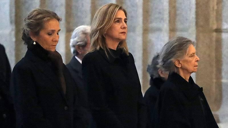 Los reyes presiden la misa de homenaje a don Juan de Borbón a la que ha acudido la infanta Cristina